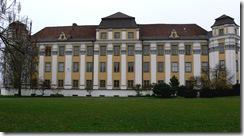 800px-Tettnang_Neues_Schloss_Fassade_Südost