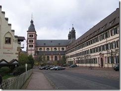 800px-Amorbach_Kloster_1