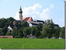220px-Kloster_Andechs_2005_2
