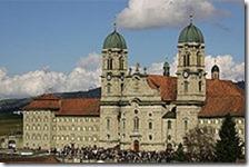 220px-Kloster_Einsiedeln